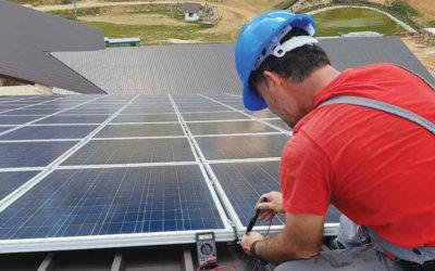 Panneaux solaires pour les professionnels : quelle utilisation ?